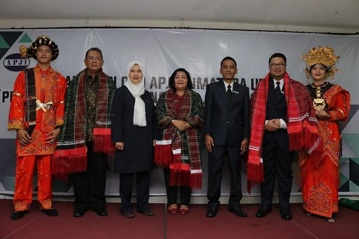 Pelantikan APJI Sumut, Iden Gobel Resmikan Jabatan Ketua Nuraini dan Sekum Wanmoh