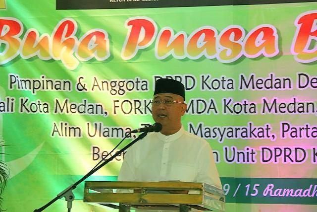Walikota Medan Buka Puasa Bersama Keluarga Besar DPRD Medan