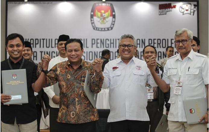 Jokowi-Maruf Ungguli Prabowo-Sandi, PDIP Menangi Pemilu Legislatif
