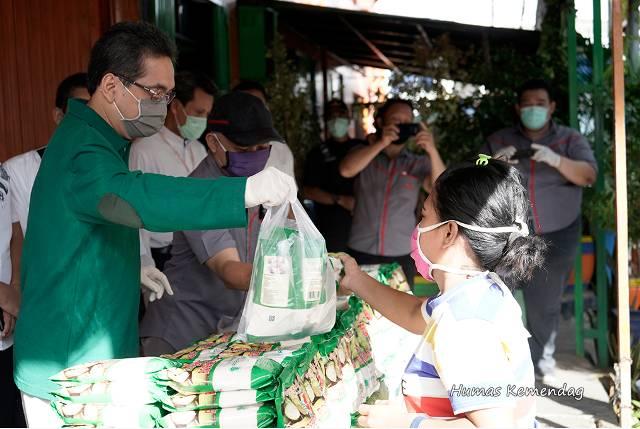 Mendag Agus Suparmanto Cek Ketersediaan Bahan Pokok, Pastikan Harga Terjangkau Masyarakat