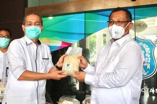 Dua Ton Gula dari PTPN II Diterima Pemko Medan