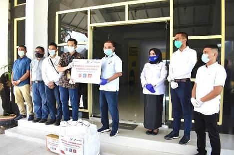 Bupati Tapteng Terima Bantuan APD 70 Set dari PT Pertamina dan Hiswana Migas DPC Tapanuli Nias