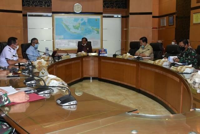 Kepala Bakamla RI Hadiri Rapat Tentang Situasi Keamanan Laut Natura Utara