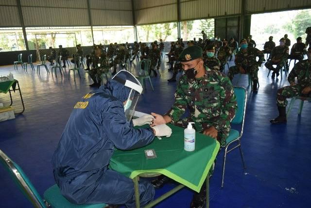 Brigif Para Raider 18/Kostrad di Malang Gelar Rapid Test Covid-19