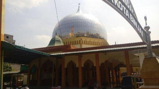 Mesjid Raya Binjai Lokasi Favorit Jamaah Asal Luar Negeri
