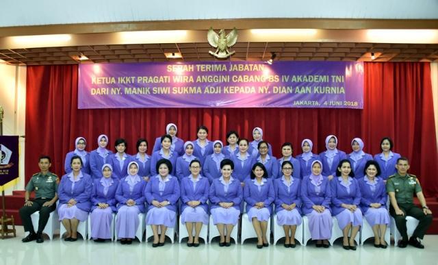 Ketua Umum IKKT Pimpin Sertijab Ketua Cabang BS IV Akademi TNI