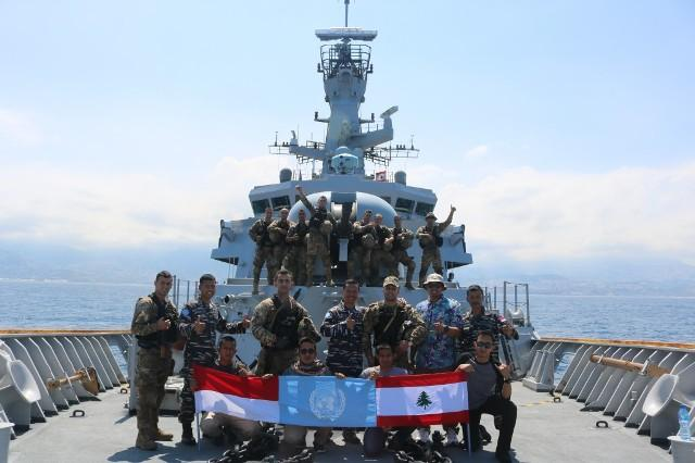 Satgas MTF TNI Berikan Latihan Boarding Kepada Tim VBSS LAF Navy