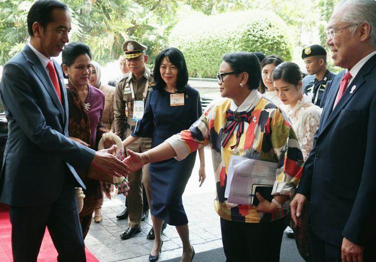 Bertolak ke Thailand, Presiden Jokowi Dijadwalkan Hadiri KTT ASEAN