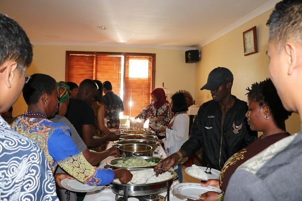 Berlebaran di Tanah Afrika Dar es Salaam, Obat Rindu Para WNI