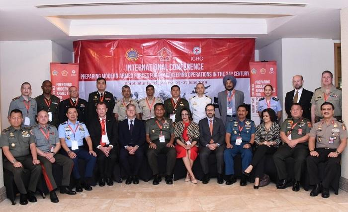 Peacekeeping Operation Jadi Kajian di Konferensi Internasional TNI dan ICRC