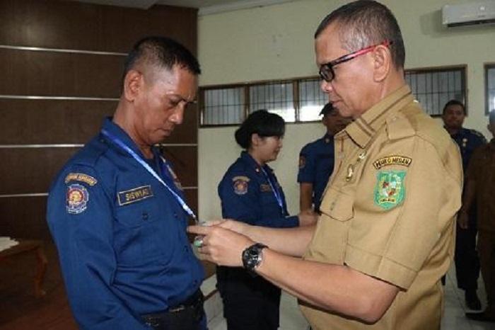Walikota Medan Buka Pelatihan Pemadam Kebakaran di Taman Cadika Medan Johor