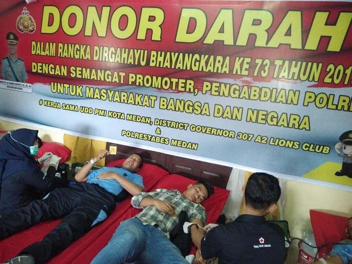 Prajurit Lanud Soewondo Medan Donor Darah di HUT Bhayangkara ke-73