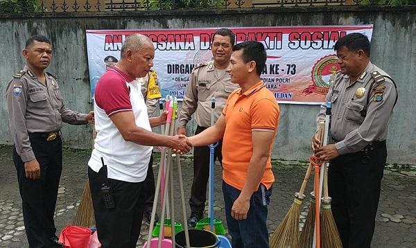 HUT Bhayangkara ke-73, Polsek Medan Baru Gelar Bakti Religi di Gereja Babtis Indonesia
