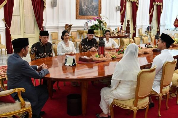 Berlebaran dengan AHY dan EBY, Presiden Jokowi dan Keluarga Sampaikan Doa dan Dukungan