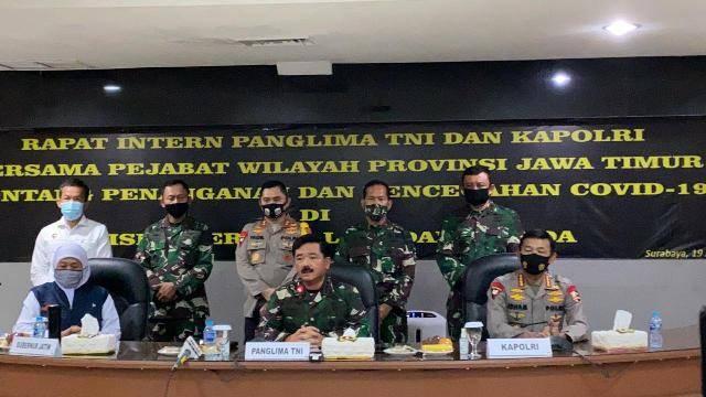 Panglima TNI dan Kapolri Rapat Bersama Pemprov Jawa Timur Terkait Covid-19