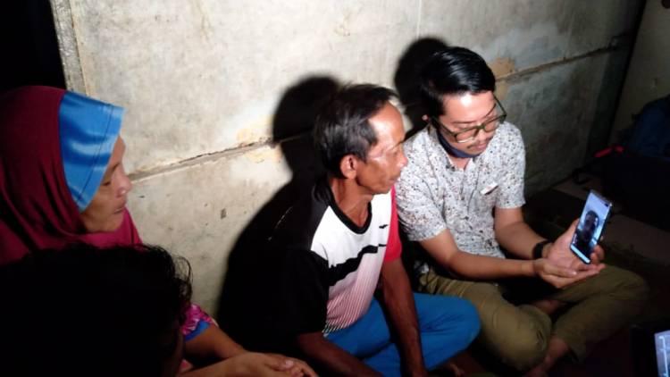 HUT Bhayangkara, Kabaharkam Polri Bantu Sembako dan Biaya Warga Ingin Sekolah