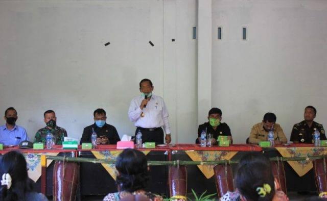 Pemkab Samosir Launching Pemberian Bibit Sayuran dan Sarana Produksi