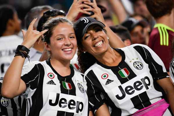 Bursa Transfer: Jorginho ke Juventus, Bek Barcelona ke City