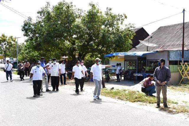 Bupati Tapteng Tinjau Pembangunan Infrastruktur Wisata Religi Peradaban Islam di Nusantara
