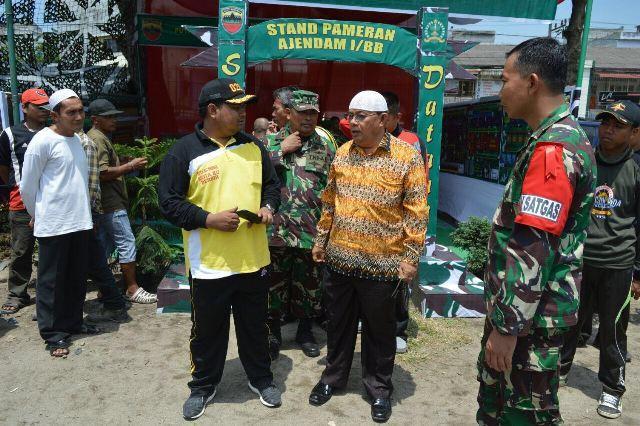 Dandim 0208/Asahan Bersama Walikota Tanjungbalai Tinjau Pameran Alutsista