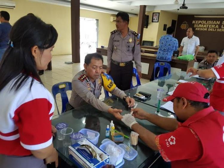 Peringati HUT Bhayangkara ke-71, Polres Deli Serdang Kumpulkan 71 Kantong Darah