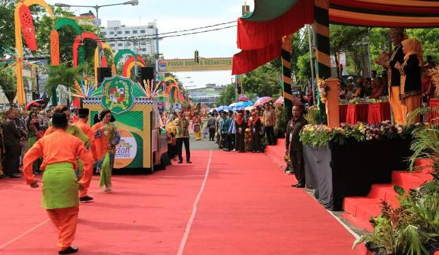 Pawai Budaya Nusantara di Medan Pukau Warga Tarakan