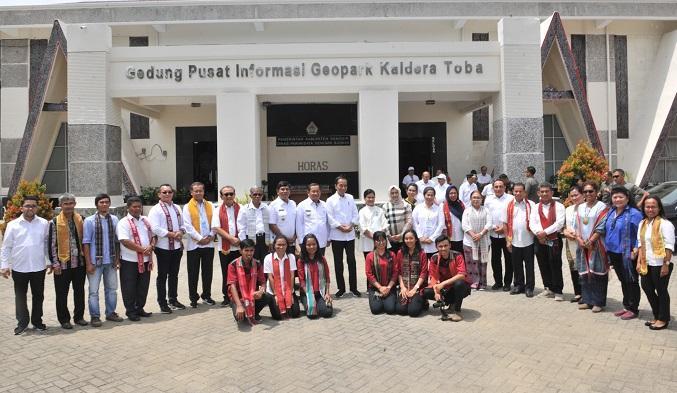 Presiden Jokowi Dorong Geopark Kaldera Toba Diakui UNESCO