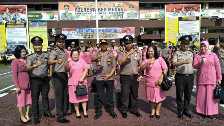 4 Personel Polsek Medan Kota Terima Kenaikan Pangkat