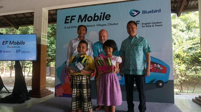 English First dan Bluebird Resmikan Program EF Mobile, Program Bahasa Inggris Gratis untuk Anak