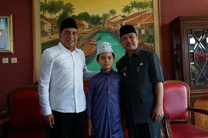 Gubernur Edy Rahmayadi Banggakan Hafiz 12 Tahun Asal Sumut kepada Wagub Kalbar