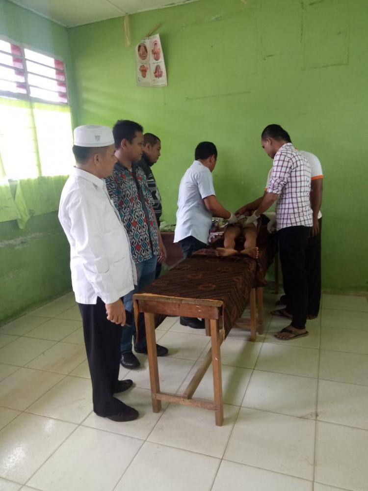 Pemuda Perantauan Padang Lawas Gelar Khitan Massal di Aek Nabara