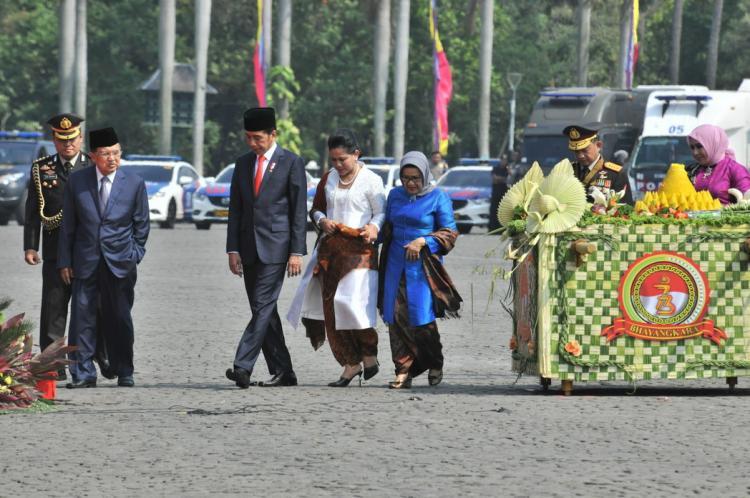 Radikalisme Jadi Ancaman, Presiden Jokowi Instruksikan Polri Kedepankan Pendekatan Humanis