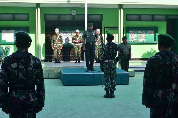 Dandim 0831/Surabaya Timur Lepas 1 Perwira Terbaik