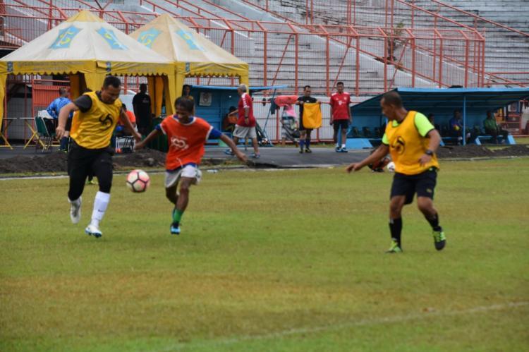Danrem 084 Bhaskara Jaya Adu Skill di Stadion 10 November