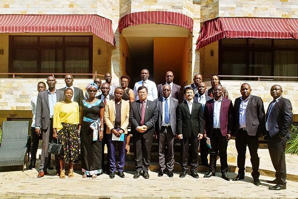 Dubes Ratlan Pardede Promosikan Produk Unggulan Indonesia di Hadapan Pengusaha Burundi