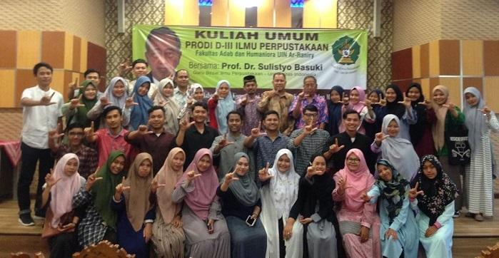 Guru Besar Ilmu Perpustakaan UI Sampaikan Kuliah Umum di UIN Ar Raniry