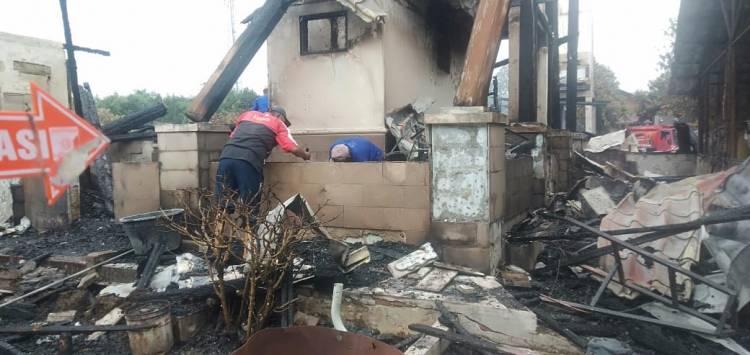 Satu Unit Rumah di Pesantren Darul Arafah Raya Kutalimbaru Terbakar