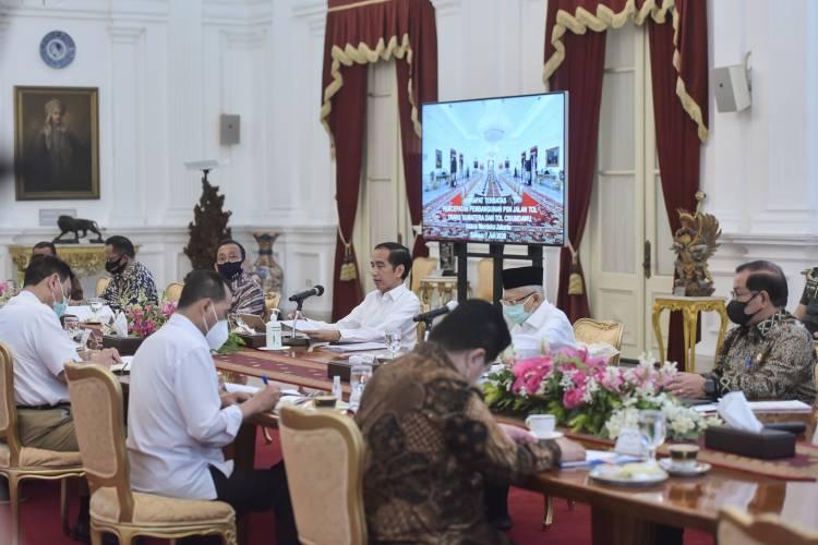 Presiden Minta Ada Percepatan Pembangunan Jalan Tol Trans Sumatera dan Cisumdawu