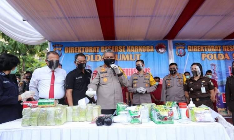 Kapolda Sumut Ungkap Tangkapan Narkoba Jaringan Aceh-Sumut-Jakarta, Puluhan Kilo Sabu, Ganja dan Pil Ekstasi Dimusnahkan
