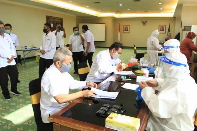 Sebanyak 740 Pegawai Kementerian Agama Ikuti Prosedur Rapid Tes Covid-19