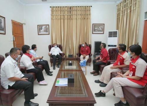 Pemko Medan Silaturahmi dengan Kawan Lama Foundation, Terima Bantuan Masker dan HandSanitizer
