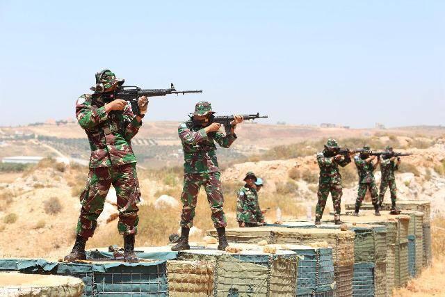 Satgas Yonmek TNI Konga XXIII-N/UNIFIL Gelar Latihan Menembak