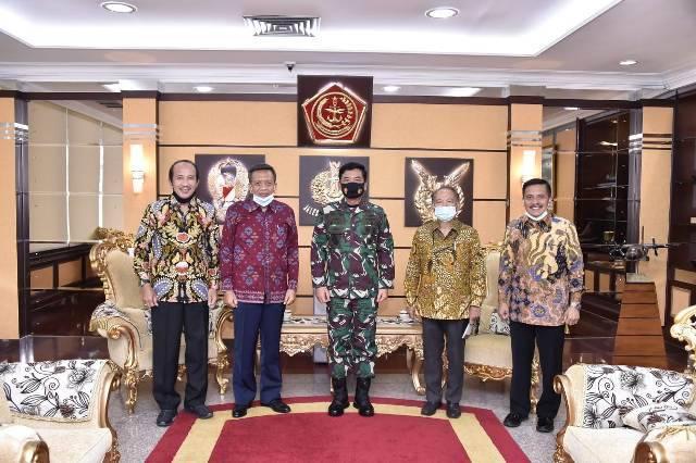 Panglima TNI Terima Purnawirawan Militer Senior Advisory Group di Mabes TNI