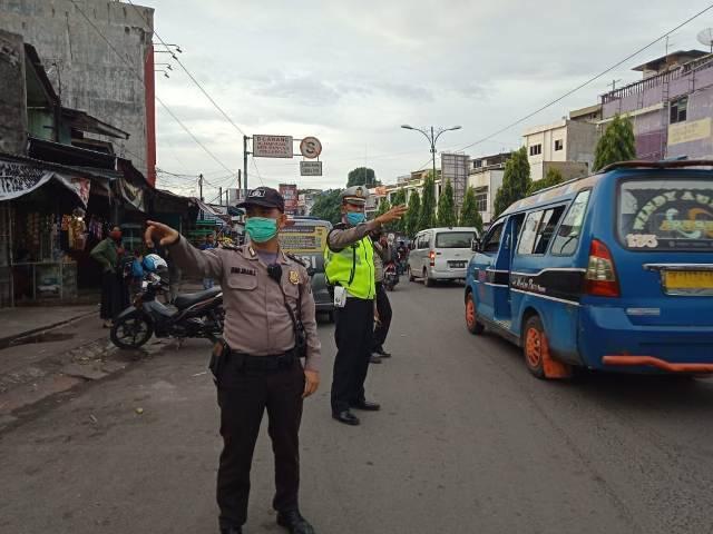 Patroli Anti Macet, Polsek Medan Helvetia Lawan Penyebaran Covid-19 di Wilayahnya