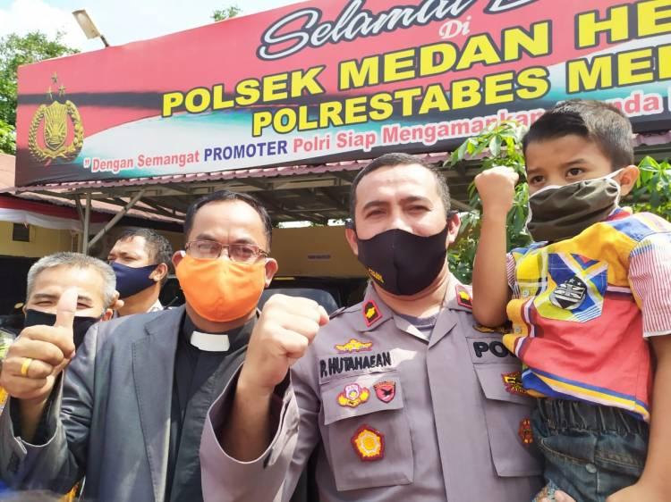 Polsek Medan Helvetia Santuni Anak Yatim Piatu