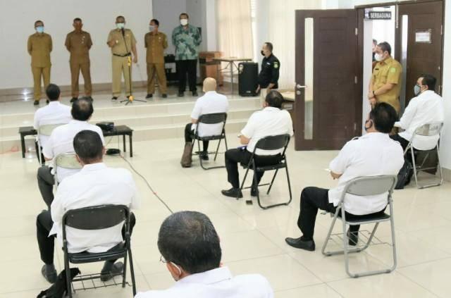 Diikuti 52 Pejabat Eselon III, Plt Walikota Medan Tinjau Pelaksanaan Ujian Assessment Eselon II