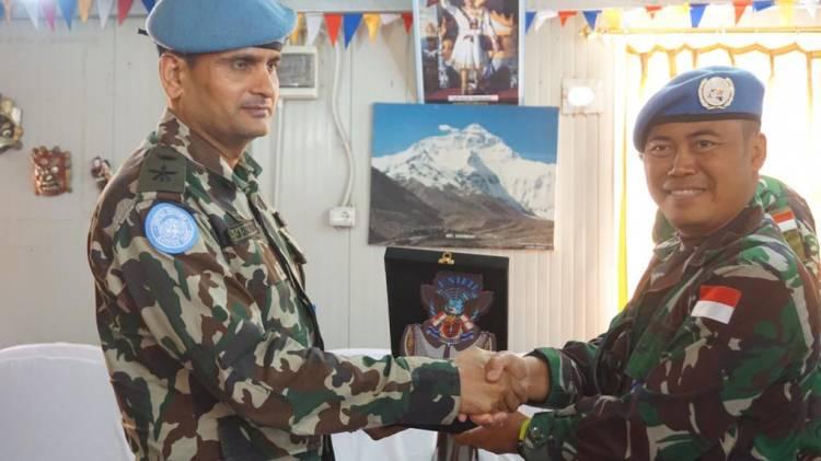 Perkuat Hubungan Komunikasi, Pasukan Garuda di Lebanon Kunjungi Nepal Battalion