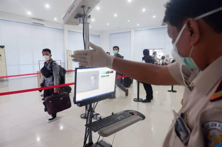 Adaptasi Kebiasaan Baru, Pelindo 1 Tingkatkan Pengawasan Protokol Kesehatan Terminal Penumpang