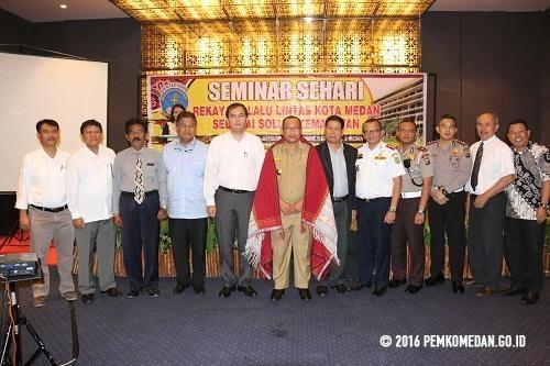 Wakil Walikota Buka Seminar Rekayasa Lalu Lintas Upaya Solusi Kemacetan