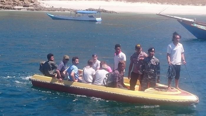 Sebanyak 15 Wisatawan Asing Berhasil Dievakuasi ke Pelabuhan Labuan Bajo